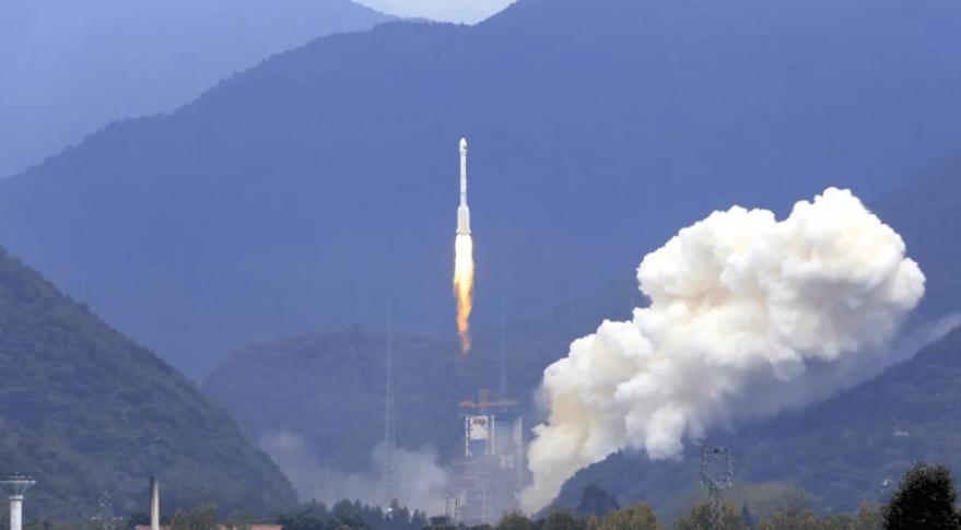 Beidou-35-36-2352-aug24-2018-launch-CALT-1-879x485